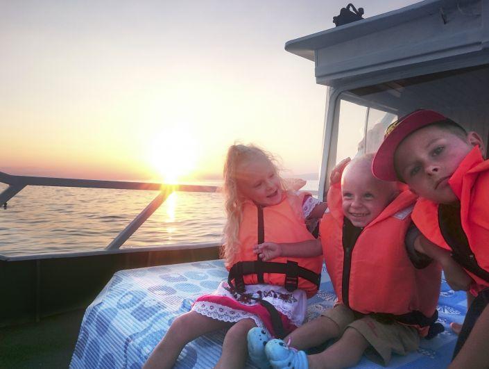 Участник №8. Бондаревы Николай (9 лет), Екатерина (5 лет), Андрей (2 года), г. Ставрополь