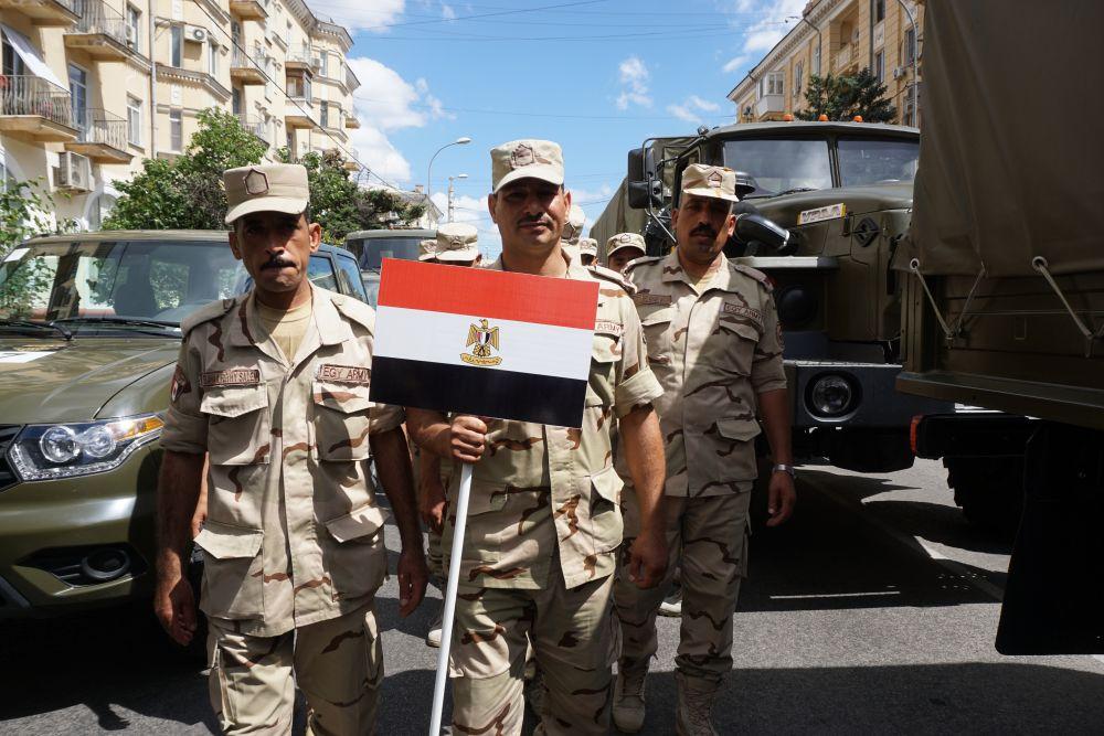 Одной из первых в Волгоград прибыла команда Вооруженных сил Египта.