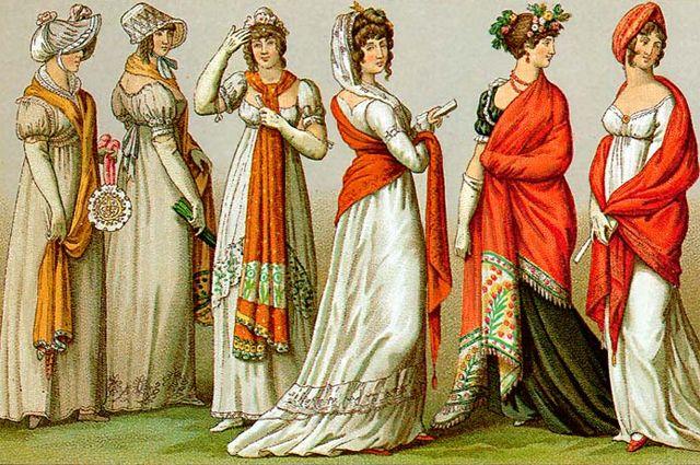 Пальто, накидки или шали, скрывающие очертания женской фигуры, были обязательны.
