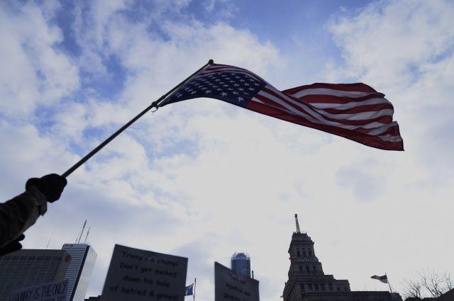 После ответных мер столицы США стали чаще отказывать россиянам ввизах