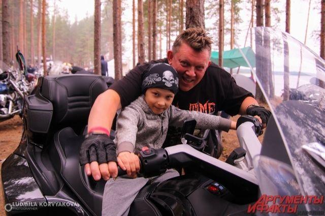 В посёлке Горнокнязевск состоялся MotoFest