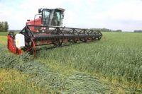 Некоторые аграрии до сих пор не получили обещанный кредит на покупку сельхозтехники.