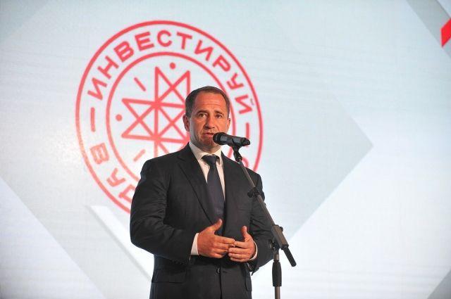 Михаил Бабич на презентационном форуме.