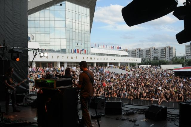 Раньше у СКК проводились концерты, а теперь здание просто опасно для жизни.