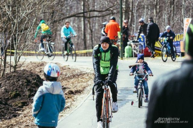 Велосипедиста, насмерть сбившего 6-летнего ребенка вПетербурге, отправят под суд