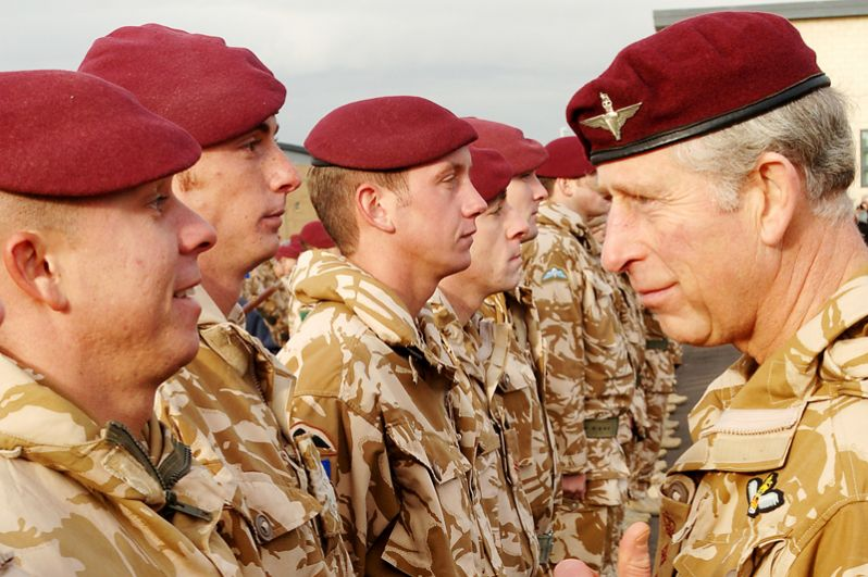 Великобритания. Основным подразделением ВДВ Великобритании является 16-я воздушно-штурмовая бригада.