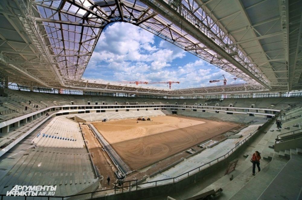 Стадион состоит из трех ярусов трибун и пяти уровней, он сможет принимать до 35 тысяч зрителей.