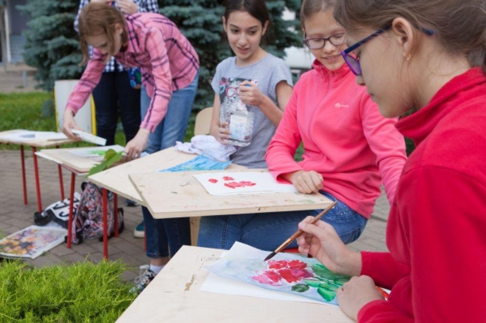 Так проходило заключительное занятие краснодарской Школы живописи в минувшем учебном году.