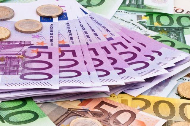 ЕСтребует отУкраины отчет опотраченных миллионах евро