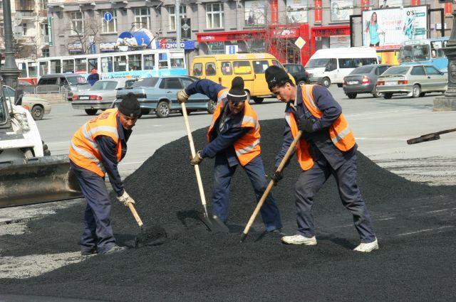 Работы ведутся в Октябрьском округе города.