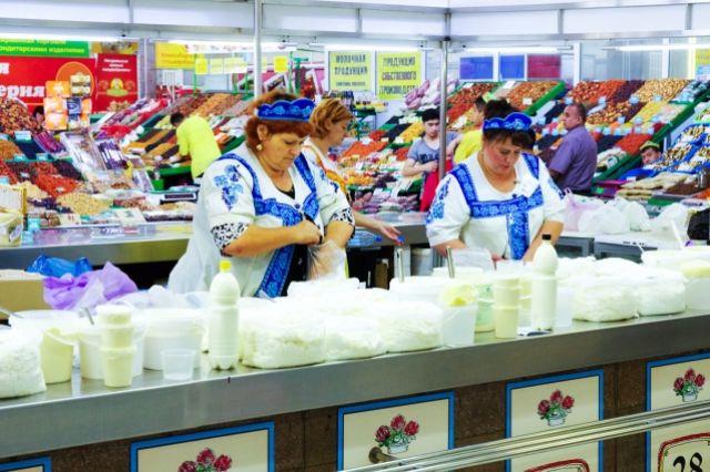 Продукты на ярмарках продаются дешевле, чем в магазина.