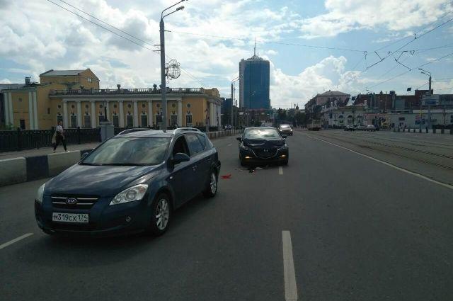 Женщина с малышом вмашине устроила ДТП вЧелябинске