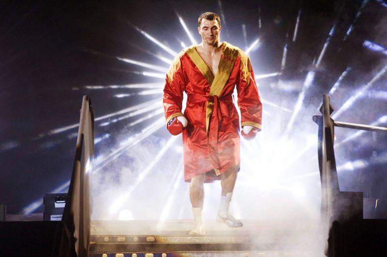 В апреле 2006 года Кличко вышел на бой против чемпиона в тяжелом весе по версии МБФ (IBF) Криса Бёрда, которого уже побеждал в 2000 году. Кличко доминировал весь бой и победил техническим нокаутом, став новым чемпионом по версии ІВF.