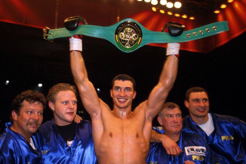 В 2000 году Кличко получил интерконтинентальный пояс WBC.