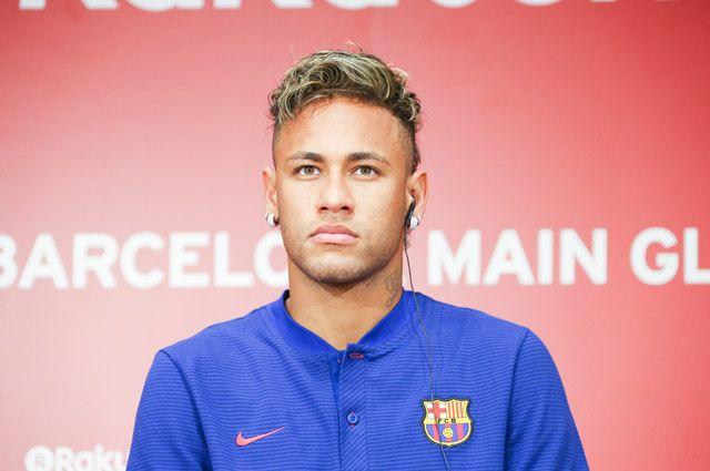Неймар выкупил договор у«Барселоны» за222 млн евро