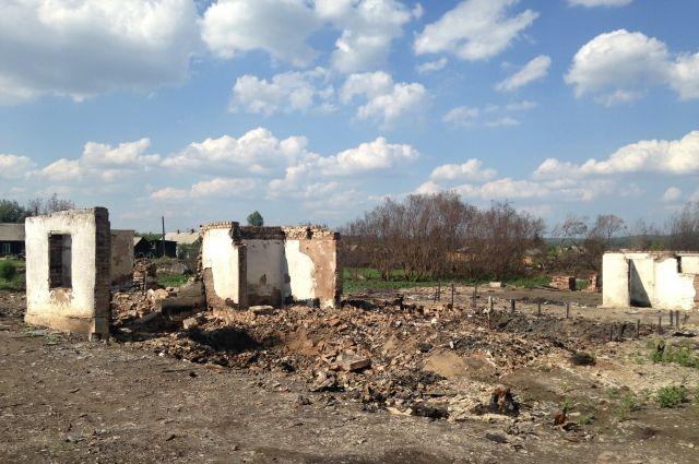 В мае в четырех населенных пунктах края огнем уничтожены 134 дома, пострадали 205 семей.