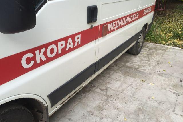 С ожогами дедушку увезли в больницу.