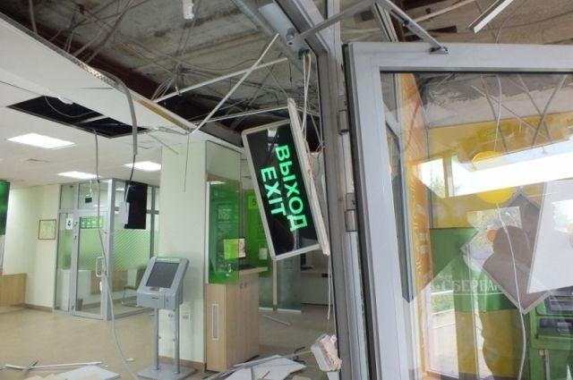 В Орске полицейские задержали банду взрывателей банкоматов.