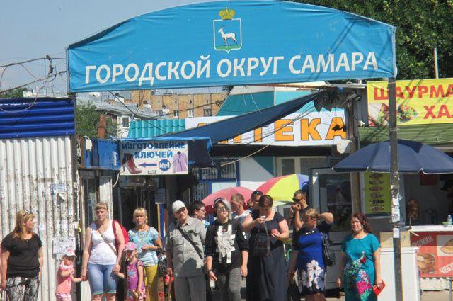 Рынок на ул. Авроре работает даже после официального закрытия.