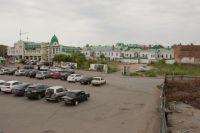 Сейчас площадь на улице Бударина не очень похожа на ту фан-зону для чемпионата мира, которая появится здесь вскоре.