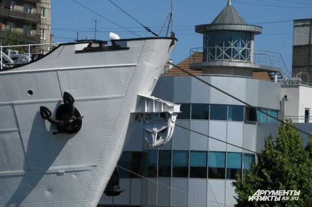 Цуканов прилетел напомощь Музею Мирового океана