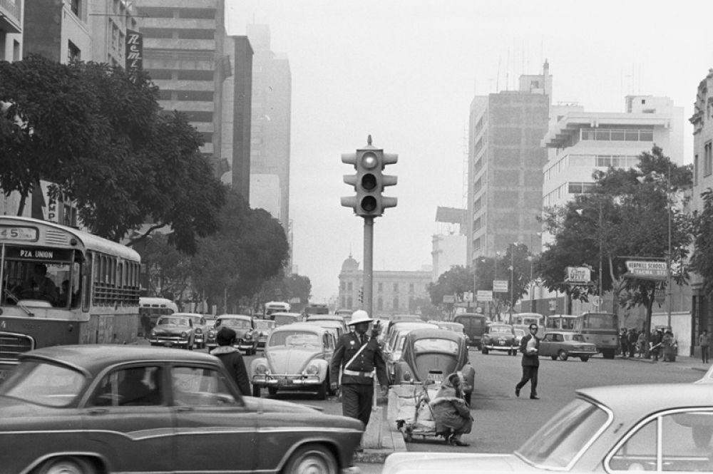 Улица Колмена в Лиме, Перу. 1970 год.