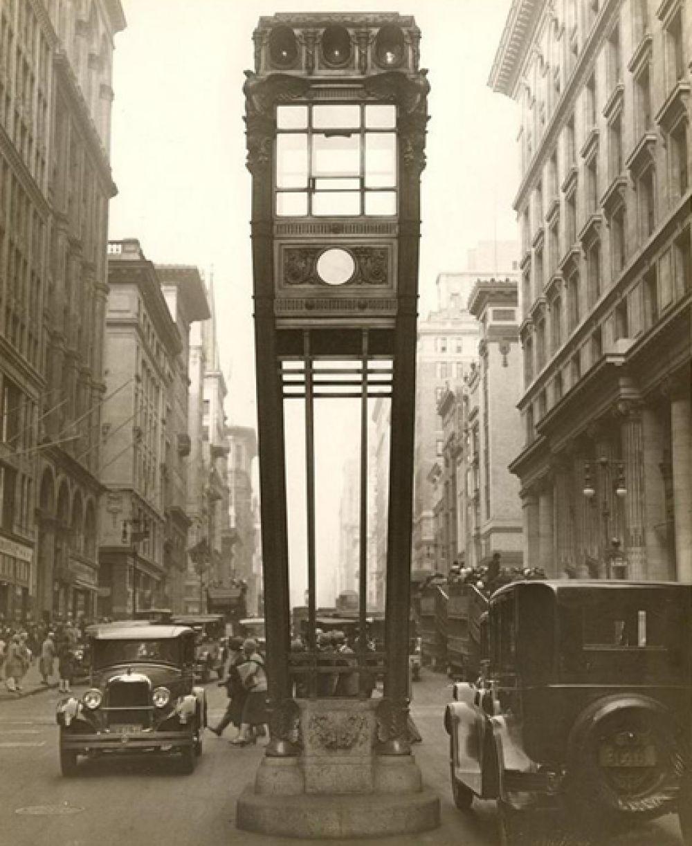 Первые светофоры в Нью-Йорке, 1920-30 годы.