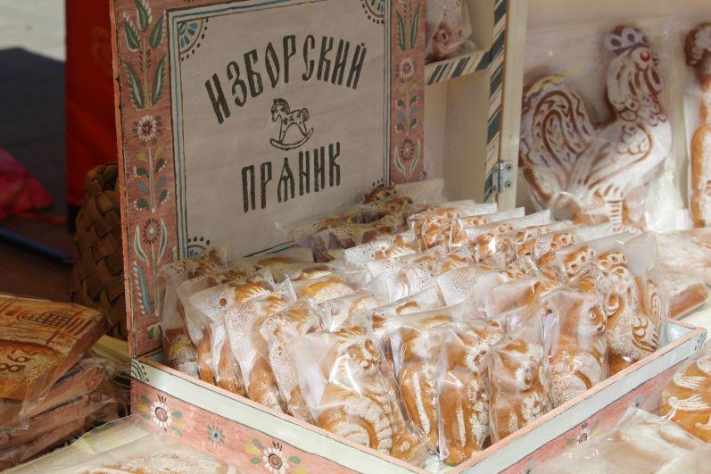 У гостей фестиваля также была возможность полакомиться гостинцами из Псковской области