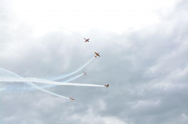 Высший пилотаж: самолеты группы «Русь» удивили тюменцев