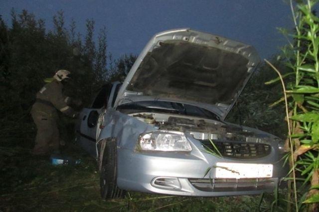 ВБашкирии опрокинулся автомобиль «Рено»: есть погибшие