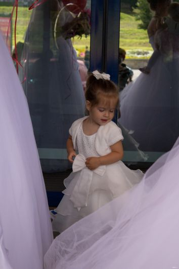 Маленькие принцессы мечтают однажды стать королевами.