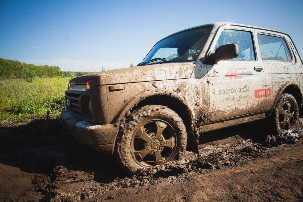 В грязи и на бездорожье Lada 4x4 настоящий король.