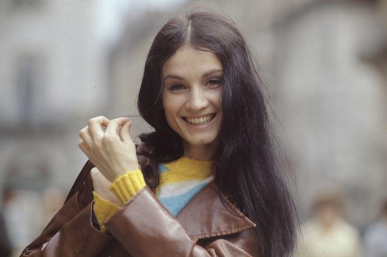 Солистка Черновицкой филармонии, заслуженная артистка Украинской ССР София Ротару. 1973 год.