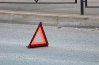 В Тюмени перевернулась бетономешалка, у которой отказали тормоза