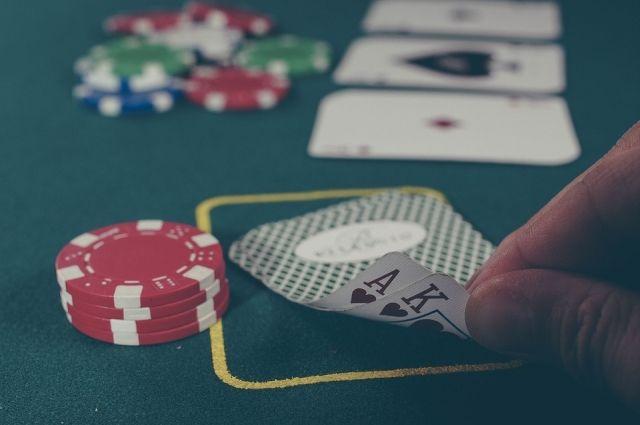 В Оренбурге «СОБР» задержал банду, организовавшую подпольное казино.