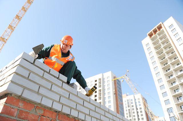 Лучшие каменщики Ямала трудятся в Лабытнангах