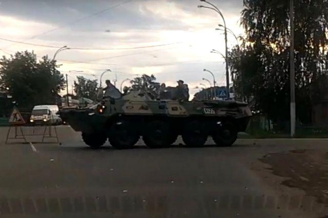 В ГИБДД сообщили о предполагаемом виновнике аварии с БТР в Кемерово