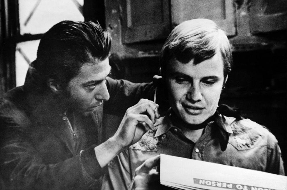 Следующий успех актёру принесла роль афериста Энрико Риццо по кличке Крысёныш в фильме «Полуночный ковбой» (1969). Актёрский дуэт Хоффмана и Джона Войта был отмечен большим количеством наград.