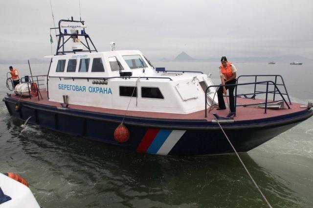 Украинца на надувном батуте отнесло в открытое море к берегам Крыма