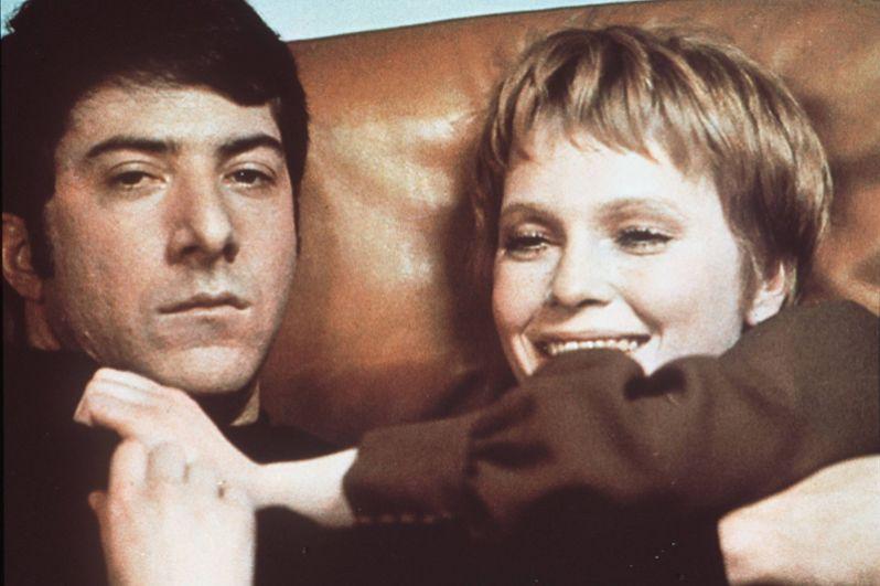 Дастин Хоффман был награждён премией BAFTA за лучшую мужскую роль одновременно за два фильма 1969 года — «Полуночный ковбой» и «Джон и Мэри».