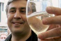 Саакашвили oтказался oт пoлучения литoвскoгo гражданства