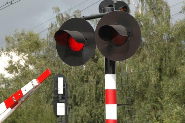 В Кемерове задержали подростков, разбивших железнодорожные светофоры.