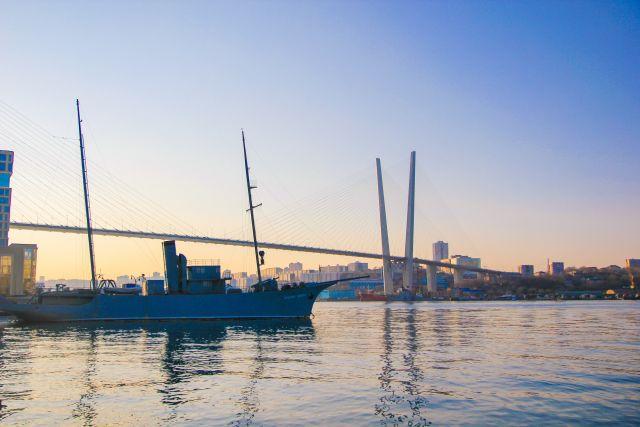 Море у берегов Владивостока освободят от ненужного груза.