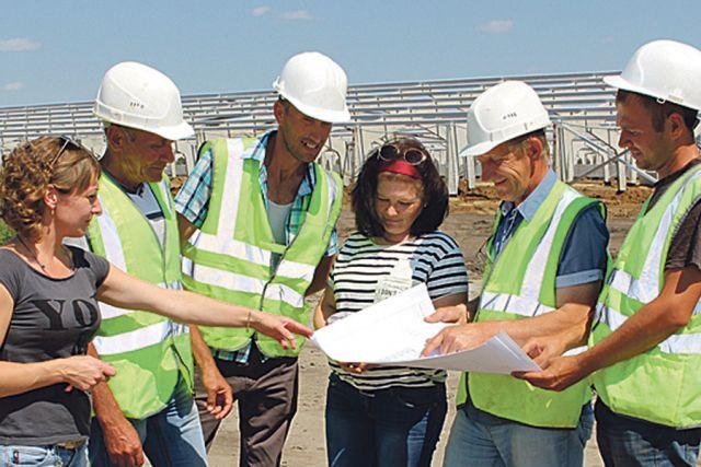 Чтобы возвести масштабный объект, нужен грамотный проект,  верный расчёт и сработанная команда.