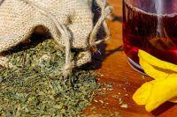 Летом и осенью можно собрать ингредиенты для полезного и ароматного чая.