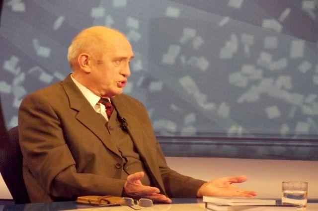 На73-м году жизни скончался широко известный нижегородский корреспондент
