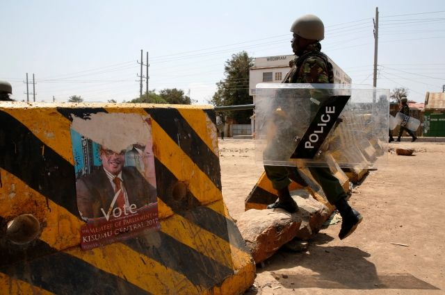 Президент Кении Ухуру Кениата переизбран на 2-ой срок