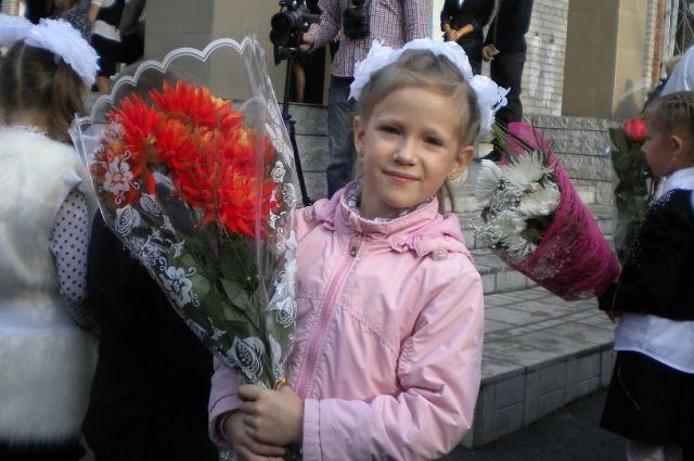 Больше всего ребят – 300 человек – приняли в этом году в начальную школу «Мультипарк» Дзержинского района.