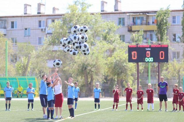 ВВолгограде стадион «Нефтяник» торжественно открыли после реконструкции