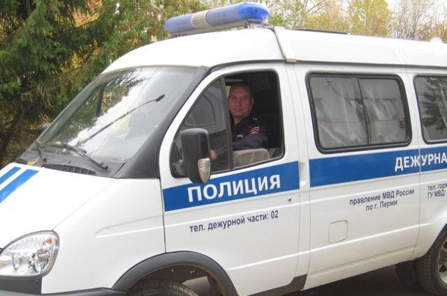Прапорщик Дмитрий Герасименко позвонил в скорую. До приезда бригады медиков он получал инструкции по телефону.